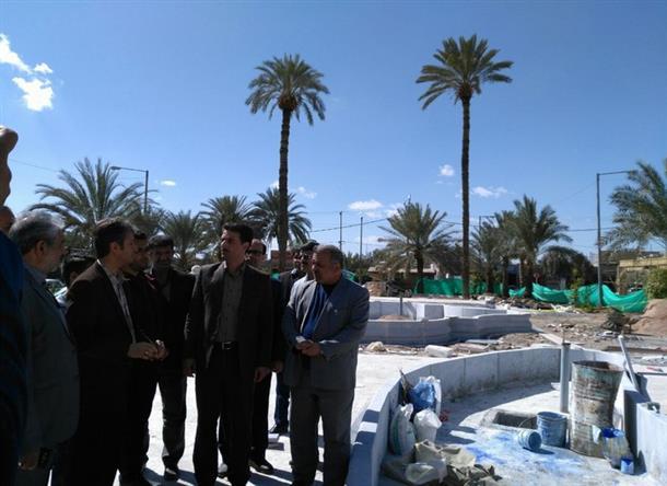 بازدید از پروژه بهسازی رواق ها و میدان امام خمینی(ره)